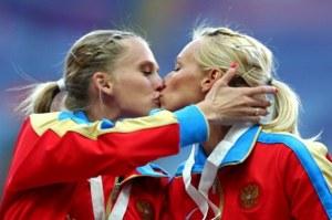 bacio-atlete-russe-01