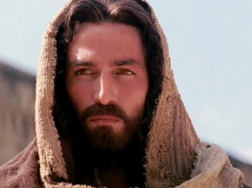 [Jeu] Association d'images - Page 4 Jesus